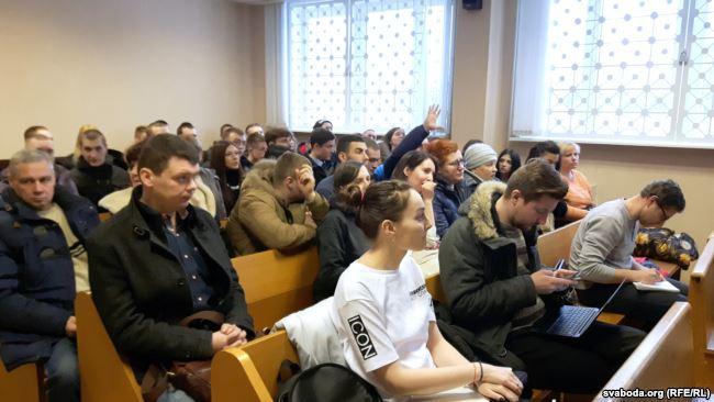 Суд огласил приговор антифашистам: прошение прокурора полностью удовлетворено