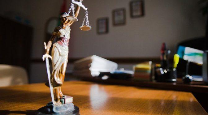 Изменения в УПК. Свидетелям по уголовным делам разрешат пользоваться услугами адвоката